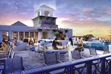 Rooftop area with Bar