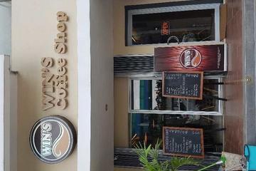 Bangunan Cafe