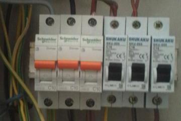 intalassi listrik 3 phass