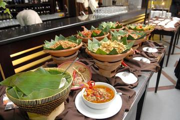 "Indonesian buffet ""nasi campur Bali"""