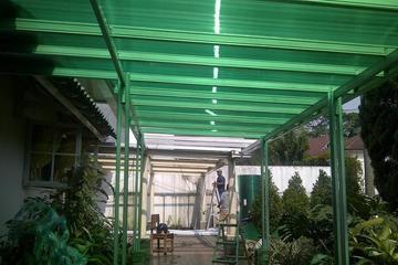 Kanopi baja ringan atap polycarbonate