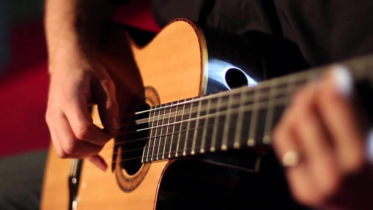 RioLesMusik (Kursus Gitar Klasik)
