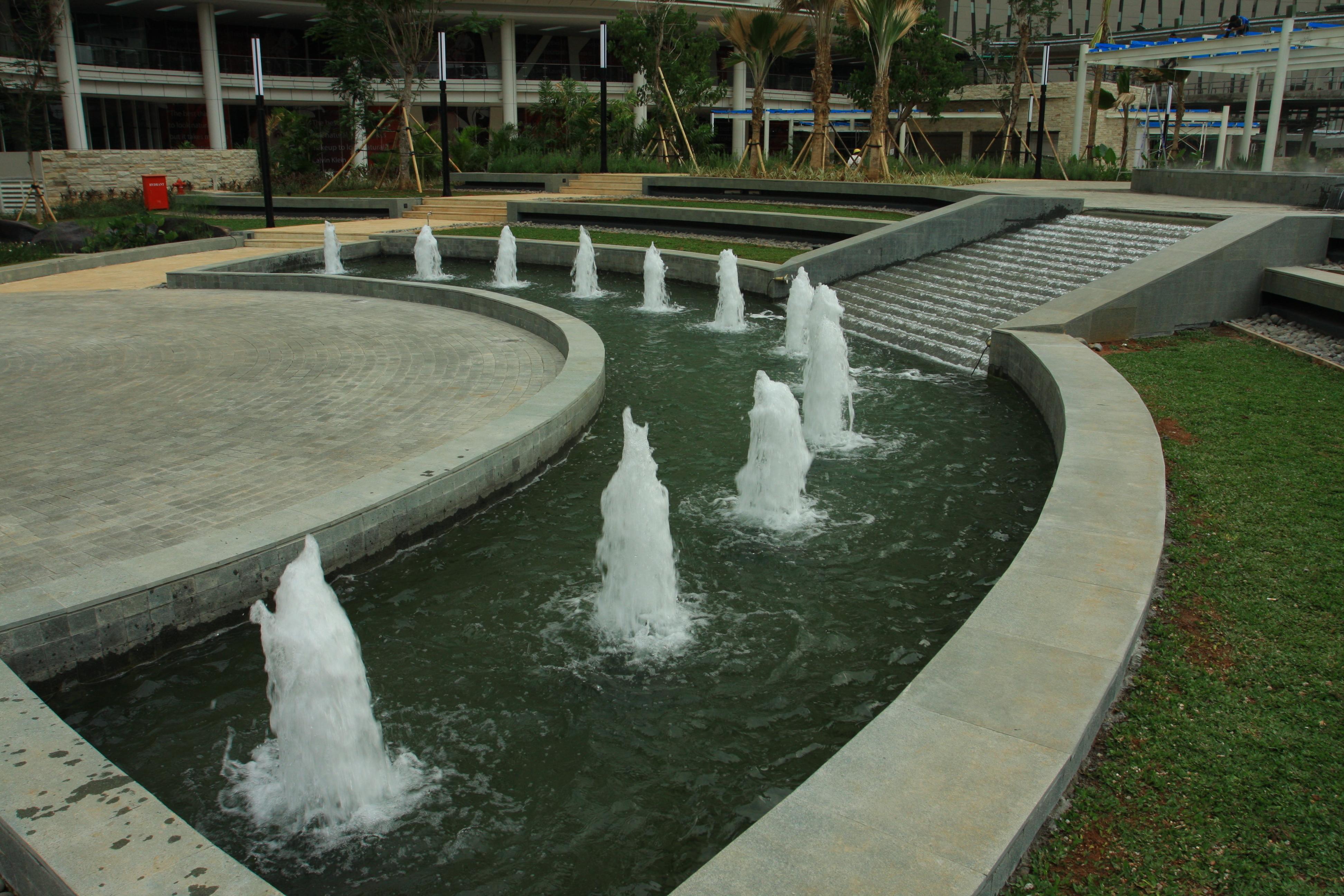 Maenair pool