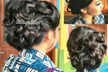 hairdo for engagement