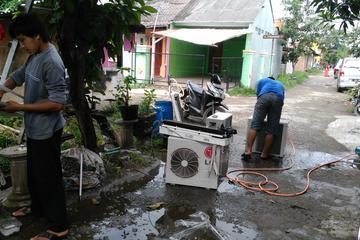 Service dan Maintenace AC