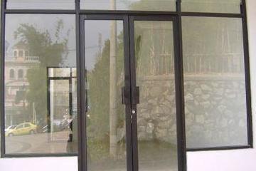Pintu & partisi kaca