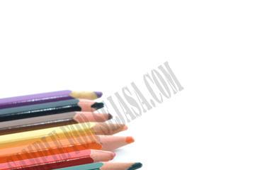 Medium colouring pencil