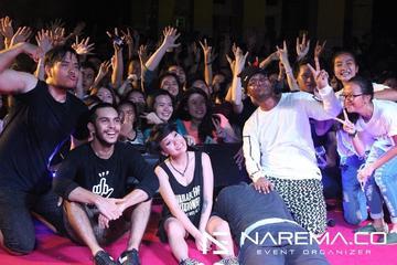 DEKAT tampil di acara Bianglala Night Festival SMA Budi Mulia Jakarta