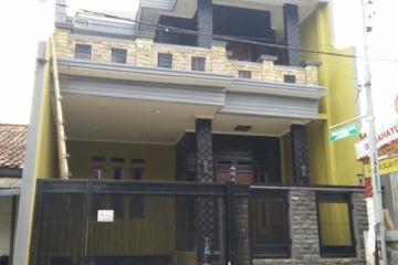 Rumah Bapak Eka - Konsep Modern Minimalis  Jalan Haji Hedad, Paninggilan, Ciledug Luas ±350 m2 3 Lantai + Basement