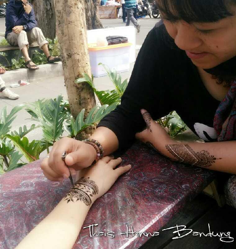 Thais Henna Bandung