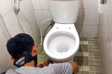 jasa bersih kamar mandi toilet